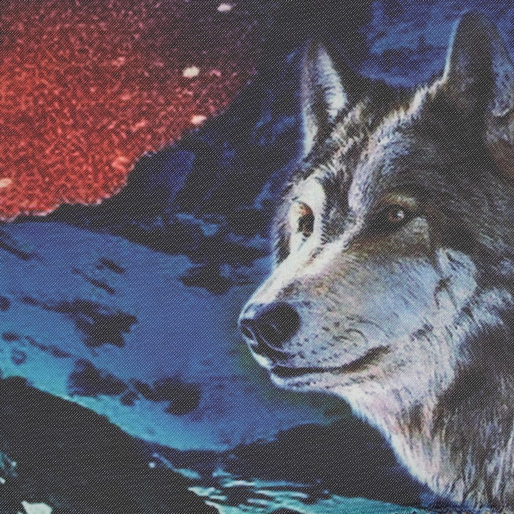 Wolves (Y11613A1)